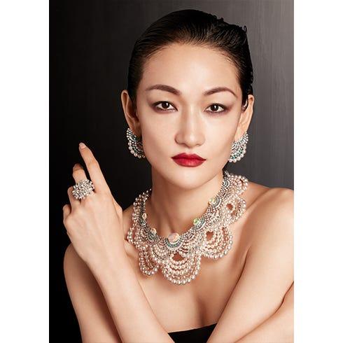 Necklace/Pierced earrings