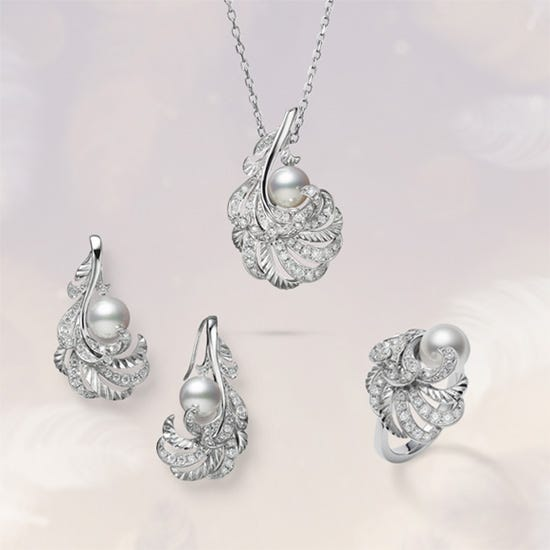Mikimoto Holiday Collection